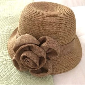 Vintage style straw/paper hat by C.C. Exclusives